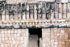 Decoration on building at entrance to Nunnery Quadrangle, Uxmal (Unesco World Heritage List, 1996), Yucatan, Mexico, Mayan civilization, 10th-11th century