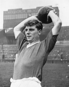"""Football suffered a tragic loss on this day in 1958 as Duncan Edwards passed away from injuries sustained at Munich. Manchester United Legends, Official Manchester United Website, Manchester United Football, Duncan Edwards, Alex Morgan Soccer, Cristiano Ronaldo Lionel Messi, Sports Personality, Premier League Champions, Everton Fc"
