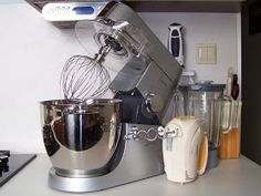 W mojej kuchni: Puszysta baba wielkanocna wg Aleex Kitchen Aid Mixer, Kitchen Appliances, Diy Kitchen Appliances, Home Appliances, Kitchen Gadgets
