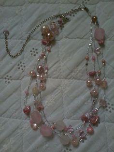 Colar rosa