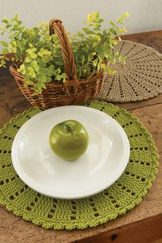 round table placemats, round woven placemats, place mats-placemats-yourtablecloth.com