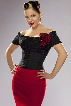 Imelda May rockin that bod and that vintage style.   And she can sing too...some women have it all!