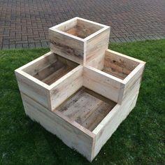Stunning Wooden Garden Planters Ideas Try - Backyard Garden - Garden Wooden Garden Boxes, Garden Planter Boxes, Tiered Planter, Wooden Planter Boxes Diy, Vegetable Planter Boxes, Wooden Flower Boxes, Decorative Wooden Boxes, Raised Planter Boxes, Box Garden