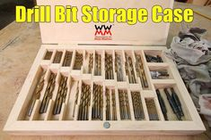 Drill Bit Storage Case – Woodworking for Mere Mortals Garage Tool Storage, Workshop Storage, Workshop Organization, Garage Tools, Garage Shop, Cool Woodworking Projects, Woodworking Workshop, Woodworking Furniture, Woodworking Tools
