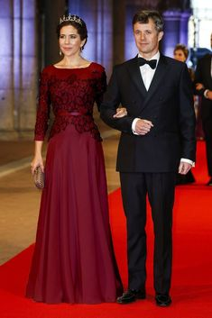 Photoshop of Crown Princess Mary. Original dress colour has been altered.