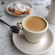 Whenever I think about visiting New Orleans I think about enjoying beignets (French donuts) & coffee from @cafedumonde! #beignets #coffee #neworleans #frenchquarter #donuts #sweets #talking #traveling #businesstrip #stayfocus #biz #dontquit #keepgoing #tonyahilson #go #entrepreneur #success #hardwork #life #dream by tonyahilsonmentoring