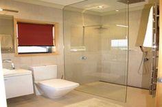 Door less Shower - Wall in door less shower  Door less Shower Application for Modern Home Interior Design Check more at http://www.bonsaikc.com/door-less-shower-application-for-modern-home-interior-design/