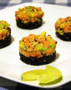 Tartare di salmone avocado e lime, raw salmon avocado lime