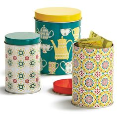 These primrose teatime tins decorative tins are perfect for storing teabags and other kitchen items.