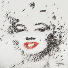 [#Creative] Marylin Monroe in People Pixel Art | by Craig Alan Portret