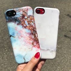 Red white and blue ❤️⚪️ Getting ready for the Fourth of July weekend with the Rubystone & Ivory White Case for iPhone 7 & iPhone 7 Plus from Elemental Cases