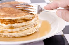 Ideas for organizing a pancake breakfast fundraiser and tips on how to hold breakfast fundraiser
