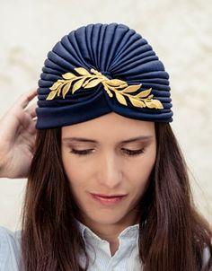 7bb770b6923 10 toucados e chapéus para as convidadas