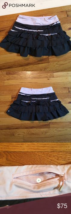 Lululemon ruffle skirt Never worn lululemon ruffle skort!! Great condition and super cute. Doesn't fit :( lululemon athletica Skirts