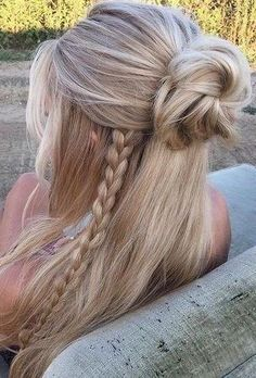 53 Latest Casual Hairstyles for 2019 – Get Your Inspiration TODAY! 53 Latest Casual Hairstyles for 2019 – Get Your Inspiration TODAY!,Hair Styles❤ 53 Latest Casual Hairstyles for 2019 – Get Your Inspiration TODAY! Latest Short Hairstyles, Trending Hairstyles, Summer Hairstyles, Diy Hairstyles, Pretty Hairstyles, Casual Hairstyles For Long Hair, Style Hairstyle, Blonde Hairstyles, Hairstyle Images