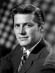 Gordon MacRae (March 12, 1921 – January 24, 1986)[2] was an American actor and singer, best known for his appearances in the film versions of two Rodgers and Hammerstein musicals, Oklahoma! (1955) and Carousel (1956), and playing Bill Sherman in On Moonlight Bay (1951) and By The Light of the Silvery Moon (1953).