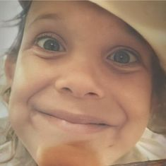 Finn Stranger Things, Bobby Brown Stranger Things, Stranger Things Aesthetic, Lorenzo Richelmy, Love Your Smile, Browns Fans, Sadie Sink, English Actresses, Millie Bobby Brown