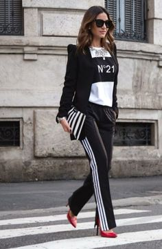 sport outfits for women sporty chic Sporty Chic Outfits, Sporty Chic Style, Chic Winter Outfits, Mode Outfits, Casual Chic, Fashion Outfits, Sporty Look, Sport Casual, Looks Adidas