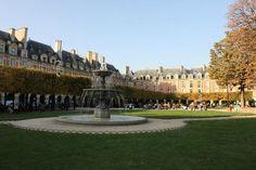 Photo of Place des Vosges - Paris