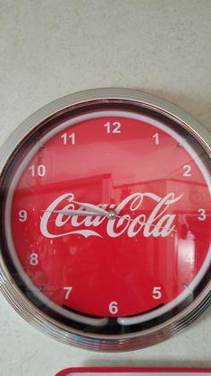 Neon Coca-Cola o'clock