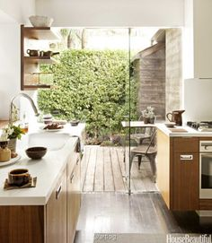Love beautiful, airy kitchens