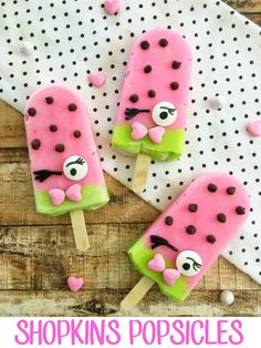 Looking for fun Shopkins party ideas? You'll love these healthy Shopkins popsicles to delight your Shopkins fan's taste buds from This Mama Loves.