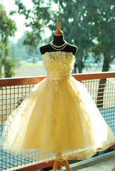 Lovely Short Party Dress,Yellow Homecoming Dress,Tulle Evening Dresses,Short Prom Gowns from BanquetGown Strapless Homecoming Dresses, Simple Homecoming Dresses, Cute Prom Dresses, Sweet 16 Dresses, Ball Gowns Prom, Party Gowns, Ball Dresses, Evening Dresses, Girls Dresses