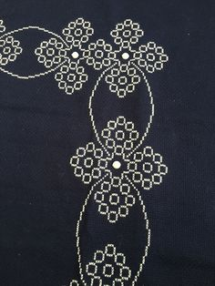 Bed Cover Design, Bed Covers, Couture, Silver, Instagram, Cross Stitch Rose, Cross Stitch Embroidery, Punto De Cruz, Cross Stitch