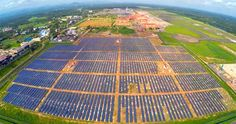 Cochin International Airport in India last year became the first in the world to be fully powered by solar energy. Now, it's planning to expand its solar capacity. Source: The first world's first solar-powered airport is in Cochin, India - Mar. Landscaping Around Deck, Landscaping Work, Luxury Landscaping, Low Maintenance Landscaping, Landscaping Software, Landscaping Company, Landscaping Contractors, Most Efficient Solar Panels, Solar Panels For Home