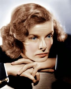 Katharine Houghton Hepburn (Hartford, 12 de Maio de 1907 — Old Saybrook, 29 de Junho de 2003) foi uma importante atrizdos Estados Unid...