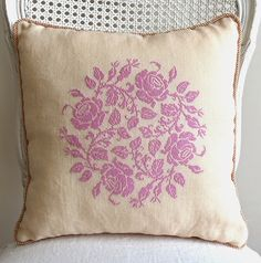 Sew French: Garland of Roses Pillow