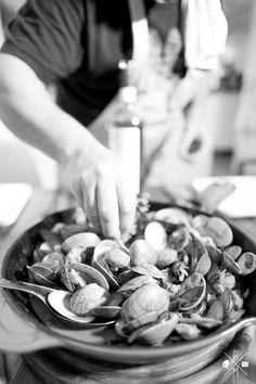scharfes Venusmuschel Curry mit Zucchini und Giabatta   relleomein.de