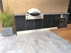Outdoor Bbq Kitchen, Pizza Oven Outdoor, Outdoor Kitchen Design, Outdoor Kitchens, Kitchen Grill, Outdoor Areas, Outdoor Rooms, Outdoor Living, Outdoor Decor