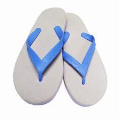 Flip Flops: Für die Gemeinschaftsdusche empfehlenswert. Vorsicht: Fahrradfahren und Wandern besser nur mit festen Schuhen.