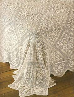 Risultati immagini per vintage crochet bedspread Crochet Patterns Filet, Crochet Tablecloth Pattern, Crochet Bedspread Pattern, Modern Crochet Patterns, Granny Square Crochet Pattern, Free Crochet Square, Crochet Square Blanket, Crochet Squares Afghan, Fillet Crochet