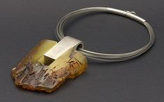Necklace |  Julia Tusz and Łukasz Baranowski.  Portal on amber