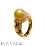 @ Vivansi, pearl ring with diamonds: http://www.worldluxuryjewellers.net/jeweller_Vivansi.php