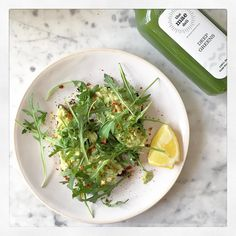 This was my breakfast yesterday going to have the same today - avocado toast with rocket lemon & chilli with a green juice is just the best  Come follow all my food behind the scenes snaps and of course pics of Austin on my snapchat - username deliciouslyella  Have a lovely day everyone and can't wait to see lots of you in Guildford at lunchtime! by deliciouslyella