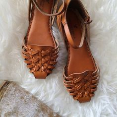 Woven Leather Sandals Woven cognac leather closed toe sandals with ankle straps. NWOT, perfect condition. Soles have some cushion. Super cute for summer! American Eagle Outfitters Shoes Sandals