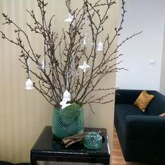 Dekorace jaro Glass Vase, Diy, Home Decor, Decoration Home, Bricolage, Room Decor, Do It Yourself, Home Interior Design, Homemade