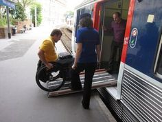 Wheelchair Accessible Transportation to Versailles from Paris