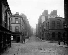 old Dublin, Eustace Street, Temple Bar Dublin Street, Dublin City, Old Pictures, Old Photos, Irish Independence, Irish Catholic, Temple Bar, Ireland Homes, Old London
