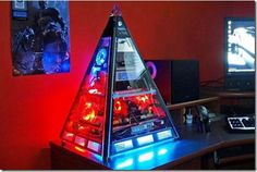 Amazing Pictures of Cool Customized Computer Mods, pyramid computer case