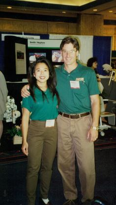 Sue Chen and NOVA VP Ron Guadiano at an early trade show.