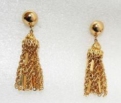 Vintage signed MONET goldtone TASSEL clip on EARRINGS tassels costume jewelry #Monet #longdanglingtasselclips