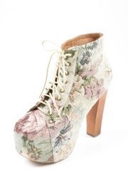 floral booties!! Cute Shoes, Me Too Shoes, Platform High Heels, Shoe Boots, Shoes Heels, Peep Toe, Pumps, My Style, Tapestry