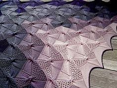 Ravelry: Shawl Catalonia pattern by Svetlana Gordon