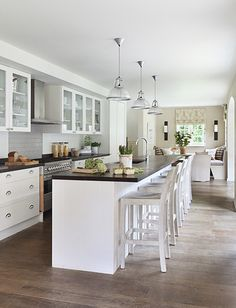 Chic and cozy kitchen (via desiretoinspire.net - Alexander...