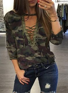 Camouflage Femmes T-Shirts Dentelle Up Lady Sexy Tops Armée Style Casual Femme T-shirt T É Stylish Outfits, Cute Outfits, Stylish Clothes, Work Outfits, Blouses For Women, T Shirts For Women, Moda Casual, Style Casual, Boho Style