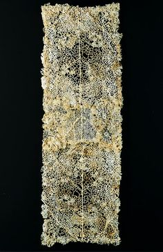 Lesley Richmond    The Lace Cloth series reflect Lesley's visits to lace museums in Europe. Lesley realized that because of her interest in the concept of deterioration, her pieces often resembled lace.. In the Lace Cloth series, she studies the growth structures of natural forms. Some of the forms she constructs with heat-reactive base reference antique lace designs influenced by organic structures.